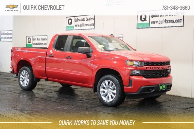 2019 Chevrolet Silverado 1500 New Style - CUSTOM 4x4 Double Cab, Remote Start, Trailer Hitch